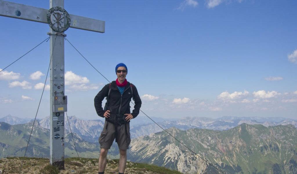 Am Gipfel mit herrlichem Gipfel-Panorama