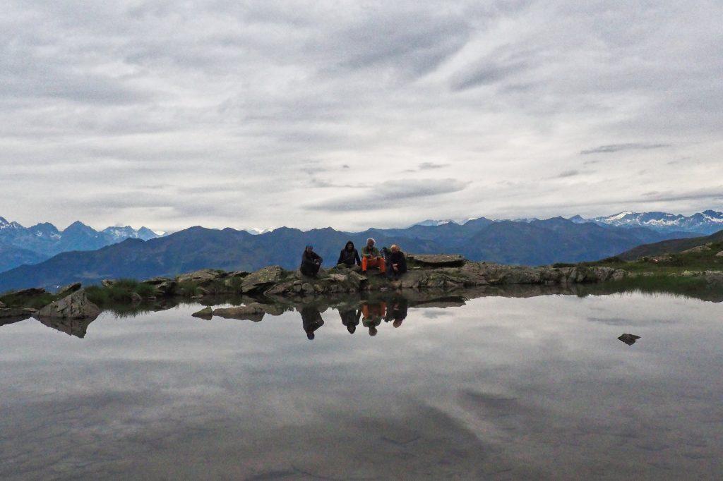 Einer der Seen rund um die Hugo-Gerbers-Hütte. Foto: Petra Jens