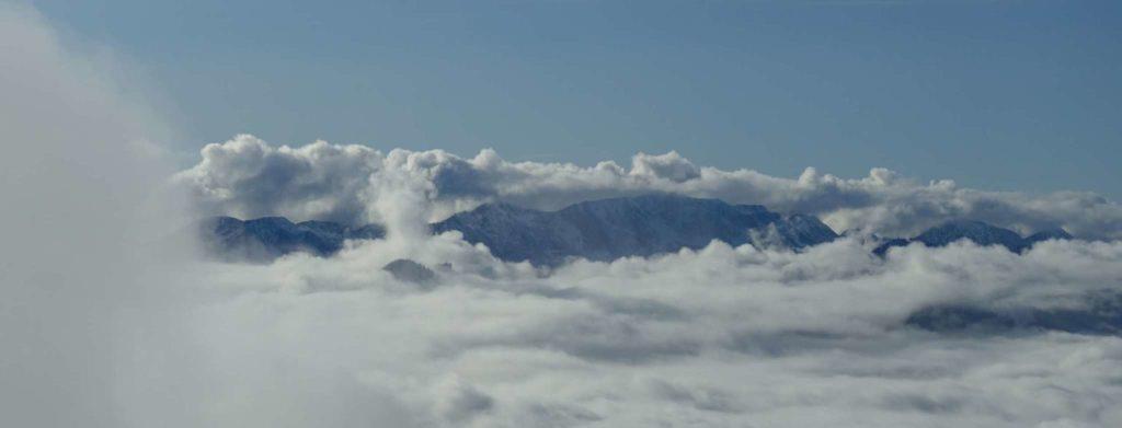 Sengsengebirge im Nebel