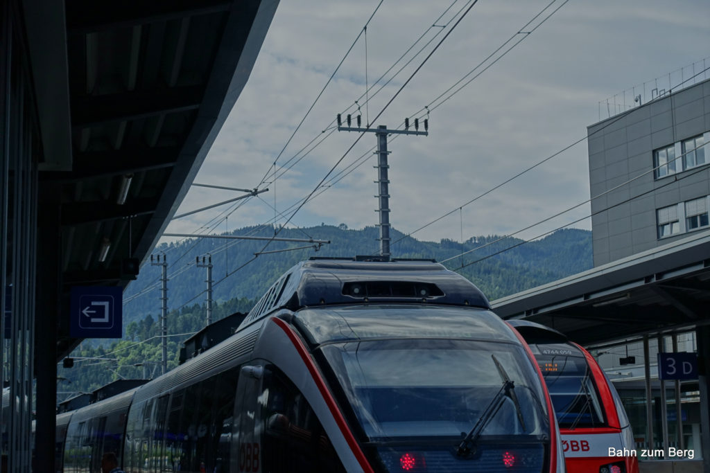 Den Hochanger kann man vom Bahnhof Bruck/Mur aus sehen