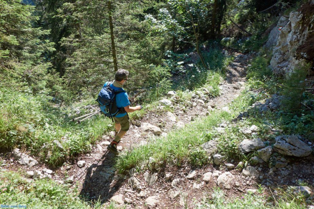 Abstieg im oberen Drittel nach der Ennstalerhütte