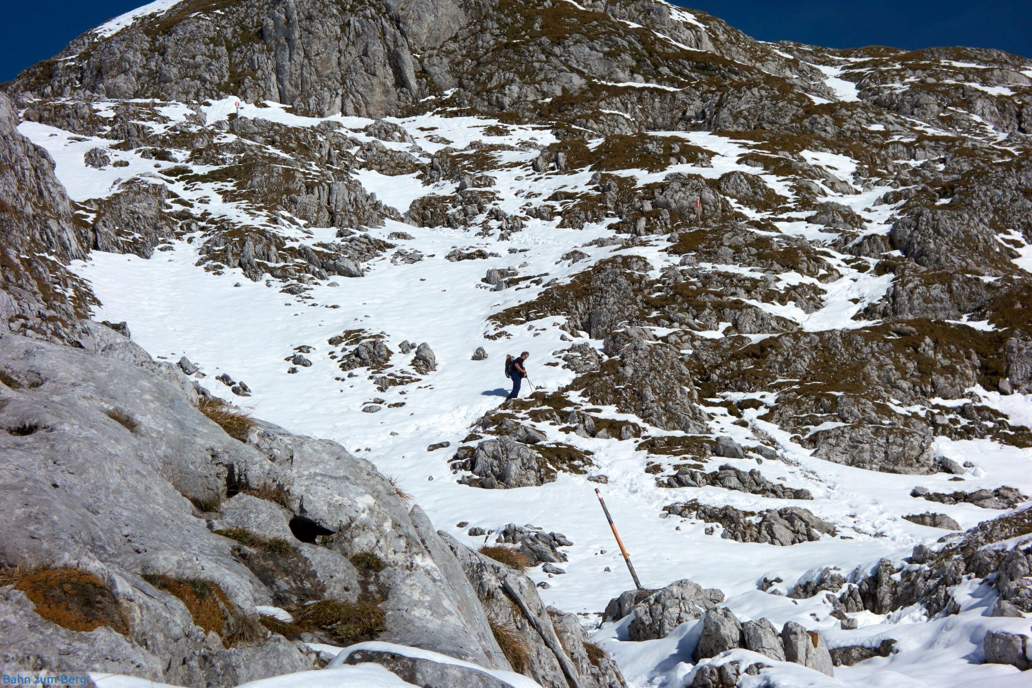 Der Graf-Meran Steig ist - weil südseitig ausgerichtet - schneller von Schnee und Eis befreit, als andere Aufstiege.
