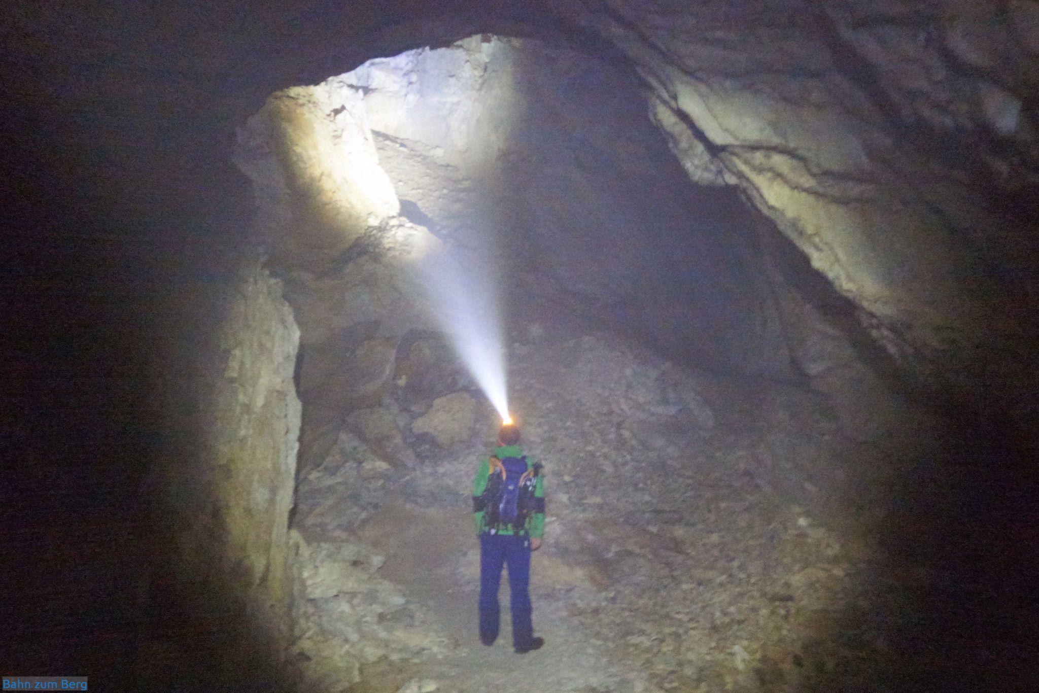 In der Frauenmauerhöhle