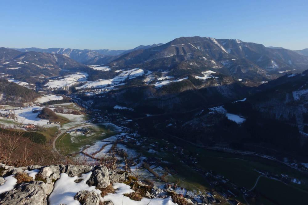 Ausblick Rotmäuer auf Weyer