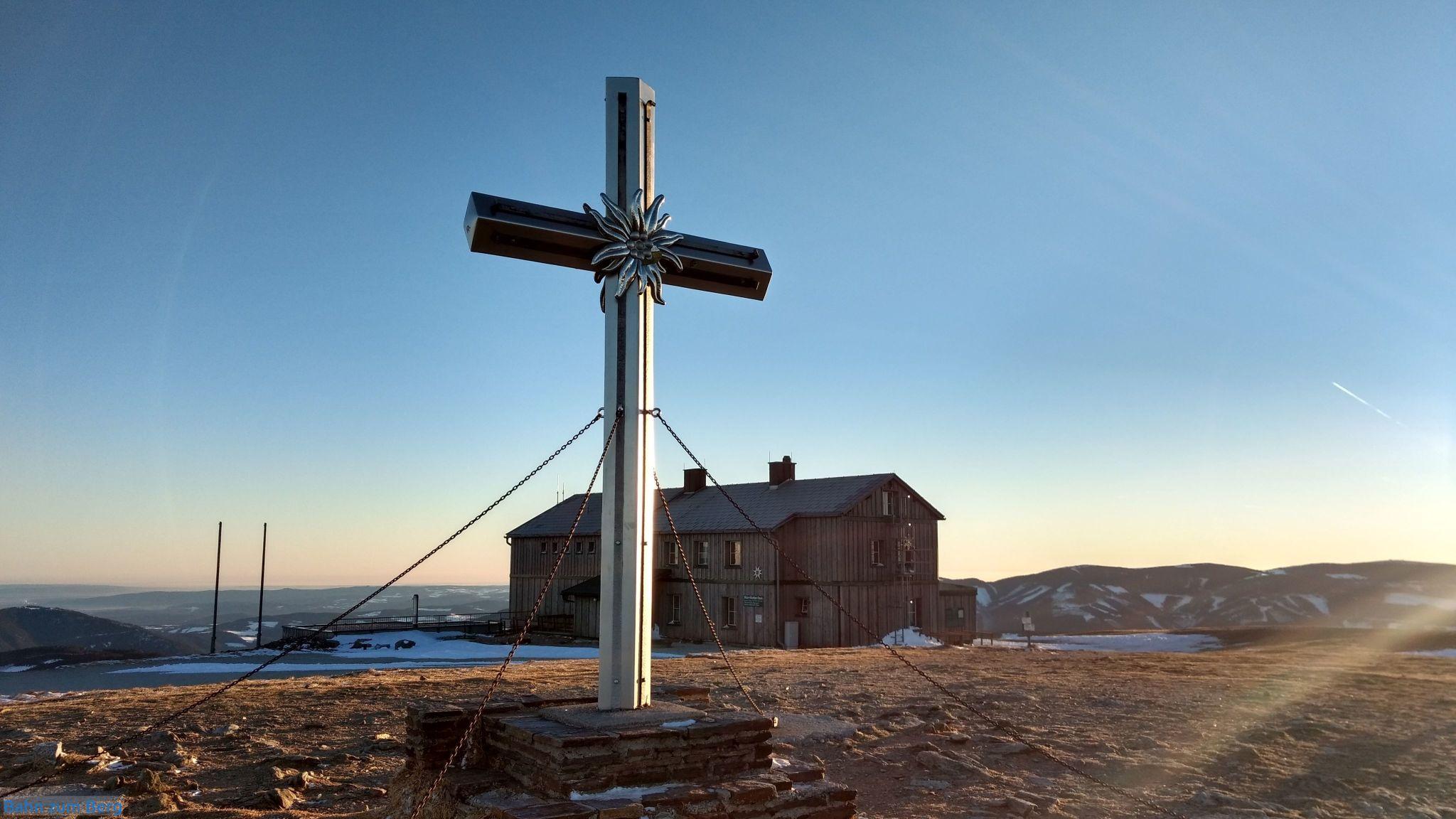 Das Alois-Günter-Haus ist nur ein paar Schritte von Stuhleck Gipfel entfernt.