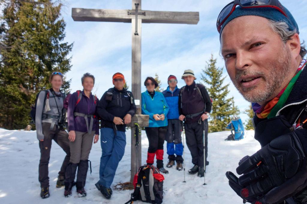 Martin mit Gruppe am Kreuzschober. Foto: Martin Heppner