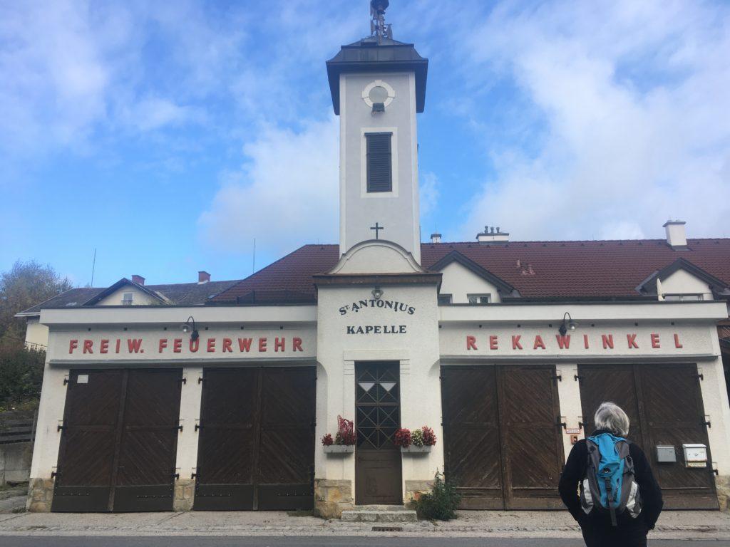 Feuerwehrhaus Rekawinkel. Foto Veronika Schölll