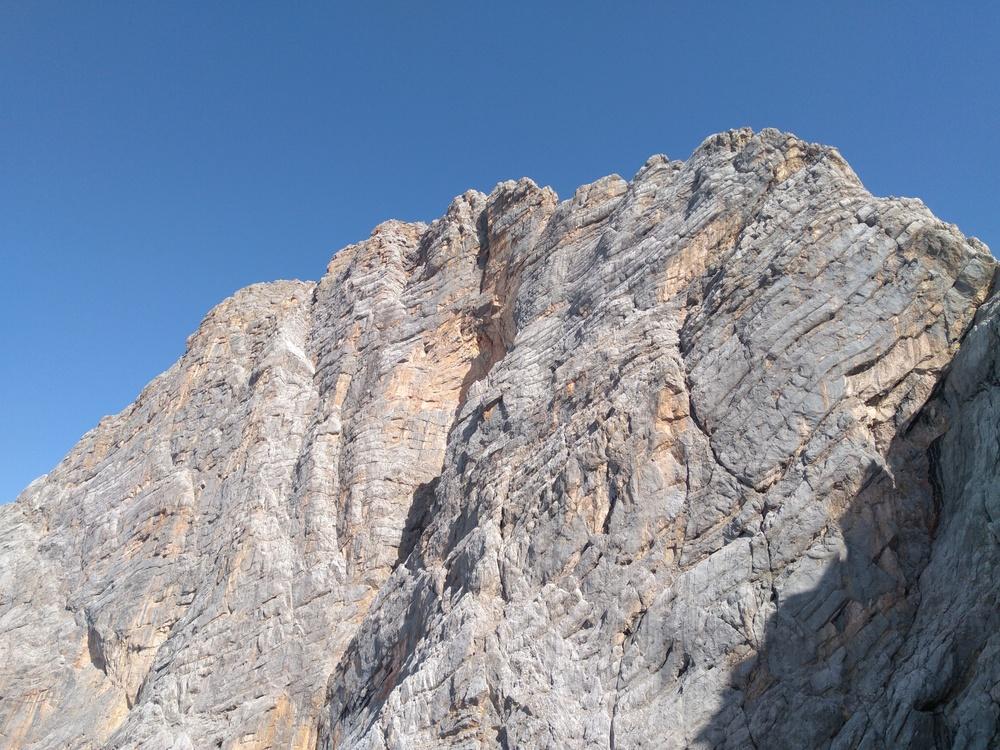 Blick in die Südwand vom Johann Klettersteig