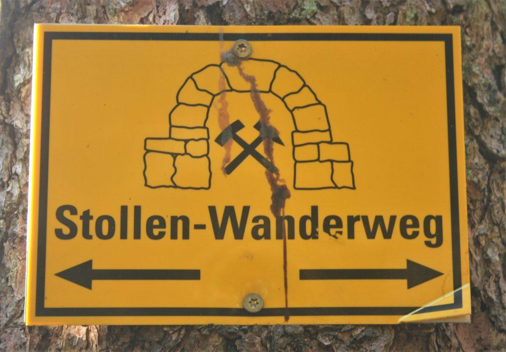 Wegweiser Stollenwanderweg. Foto: Birgit Frank