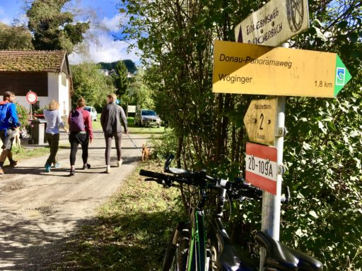 Rechts gehts zum Wöginger, links zum Bleicherbach. Foto: Stefan Hochhold