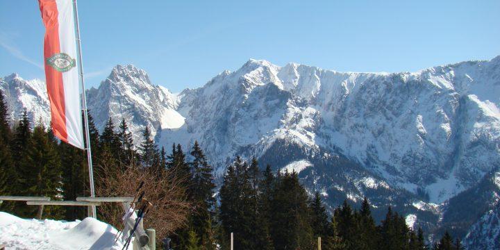 Ausblick Vorderkaiserfeldenhütte. Foto: Markus Büchler