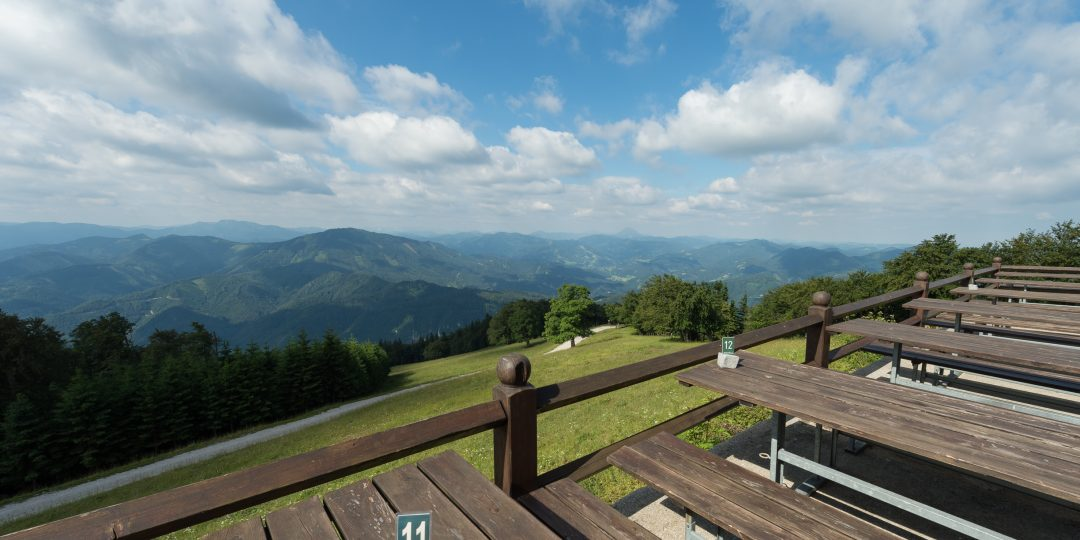 Terrasse der Traisnerhütte. Foto: Alfred Leitgeb