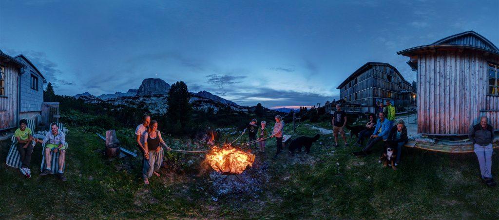 Lagerfeuer beim Wiesberghaus. Foto: Sven Posch