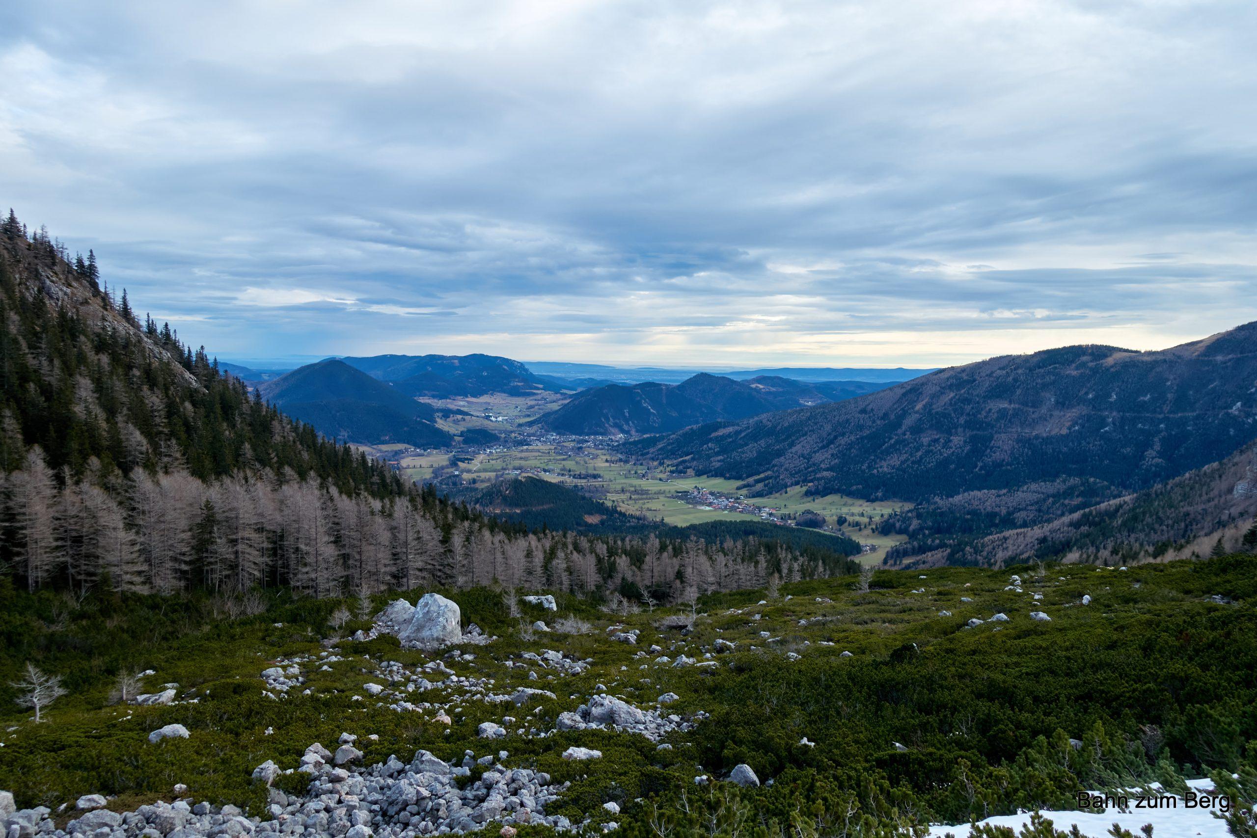 Blick von der Breiten Ries ins Tal. Foto: Martin Heppner