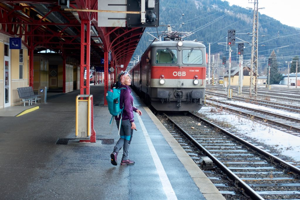 Die Phyrnbahn steht auf Gleis 2 bereit. Foto Martin Heppner