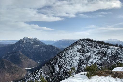 Blick vom Gipfel nach Osten. Foto: Nikolaus Vogl