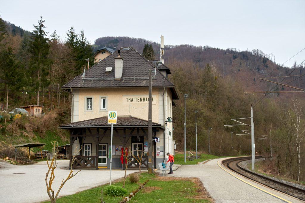 Bahnhof Trattenbach. Foto Martin Heppner