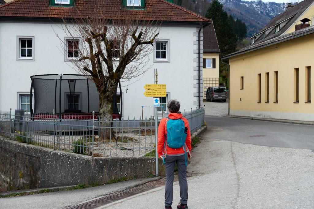 Hier wählen wir den rechten Weg ins Trattenbachtal. Foto Martin Heppner