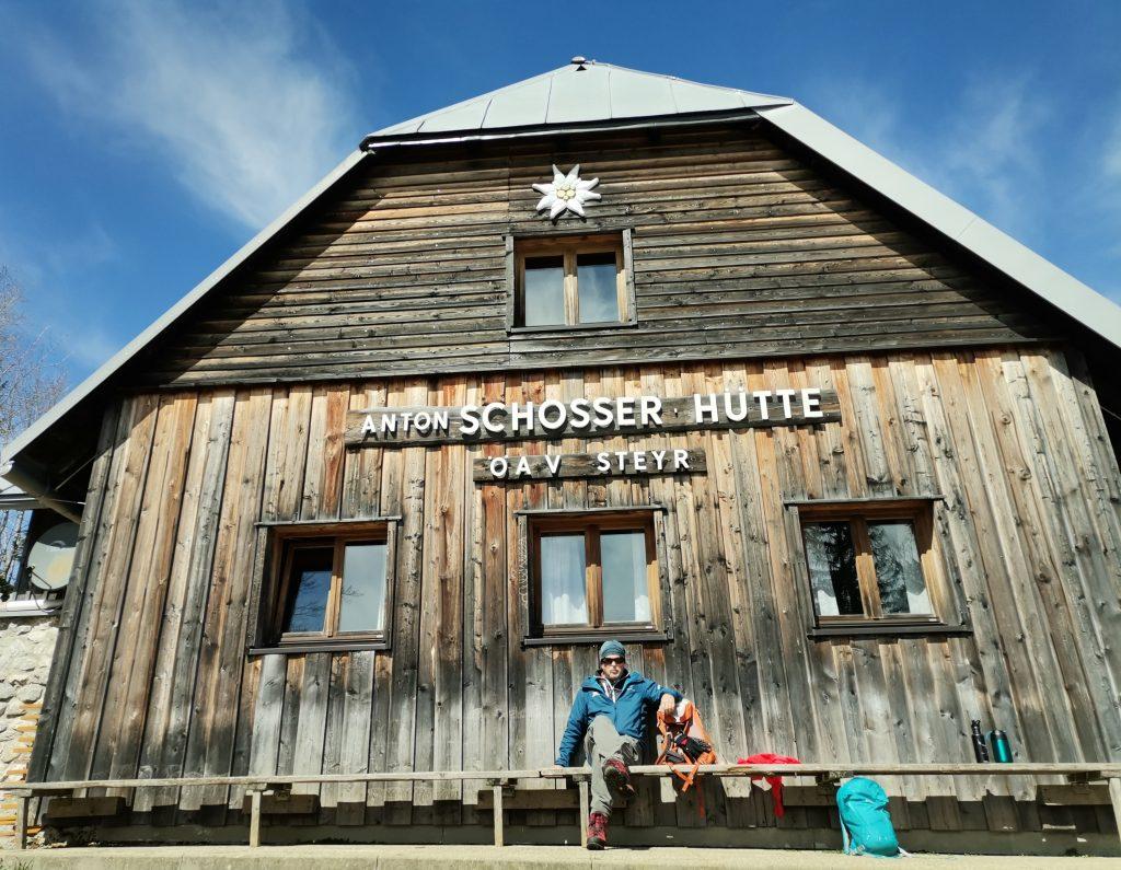 Sonnenseite Schosserhütte. Foto Veronika Schöll