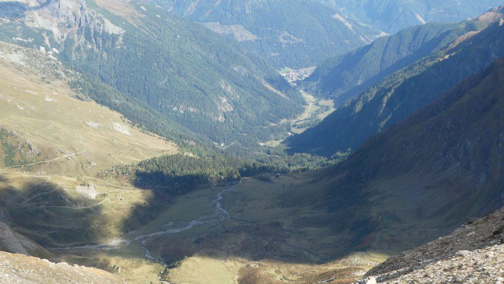 Blick über die Jamnighütte und das Tauerntal nach Mallnitz. Foto: Karl Plohovich