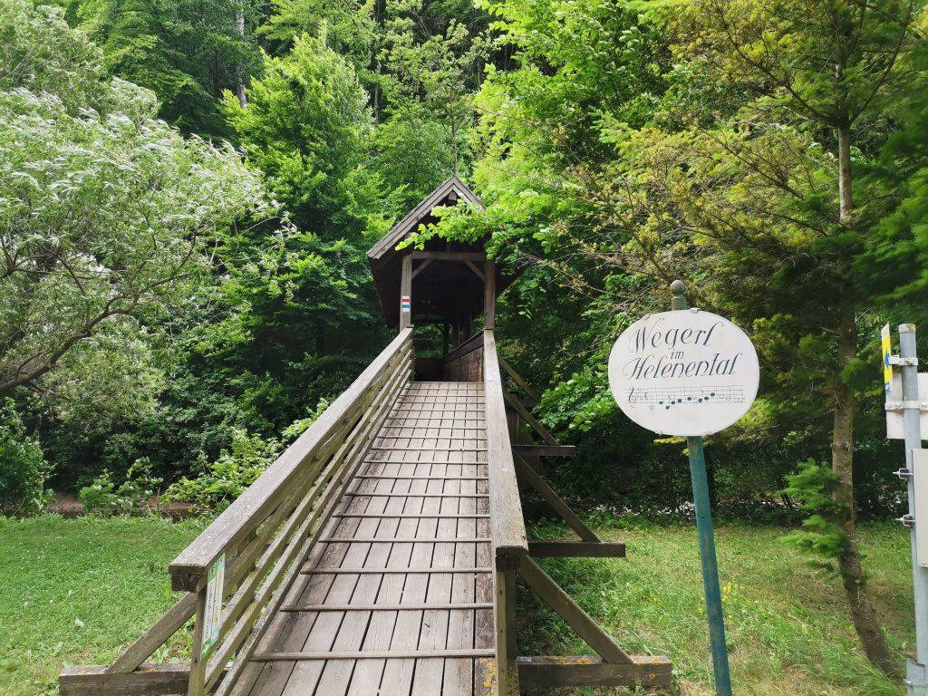 Brücke über die Schwechat. Foto Veronika Schöll