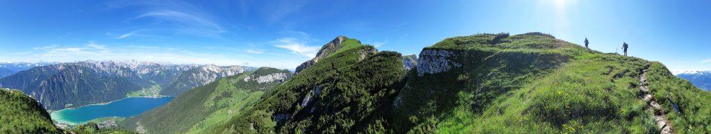 Der Weg über den Dalfazer Kamm. Foto: Konrad Gwiggner