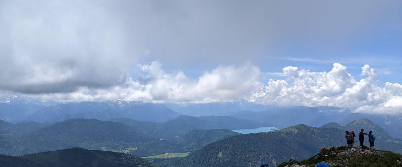 Gipfelblick Benediktenwand. Foto: Tobias Hecht