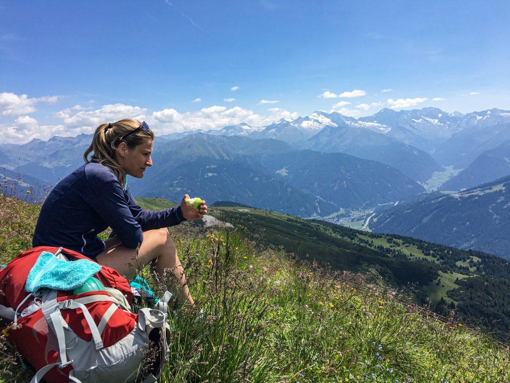 Pause bei der Peilspitze oberhalb der Blaser Hütte. Foto: Judith Hammer