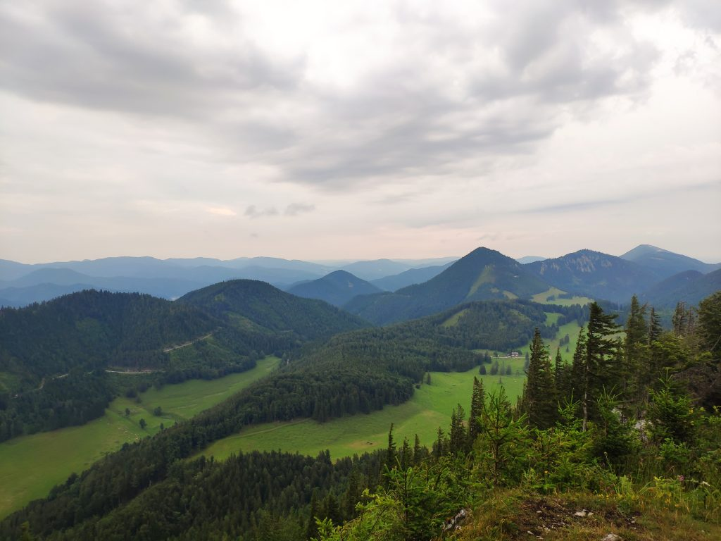 Ausblick von der Edelweißhütte