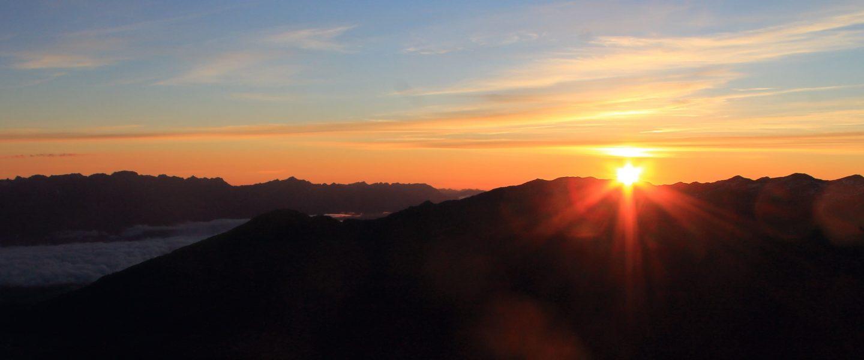 Serles Gipfel bei Sonnenaufgang, Foto: Daniel Gratzl