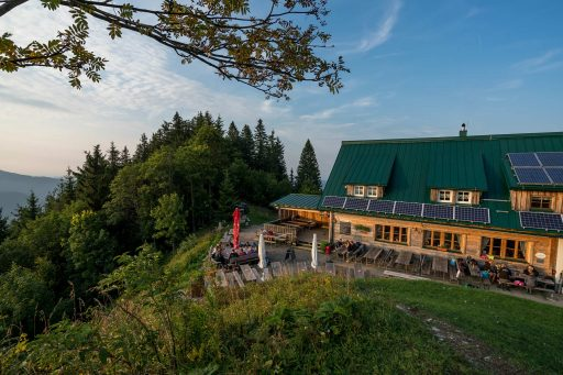 Rast auf der Ennser Hütte 1. Foto: Sven Posch/Naturfreunde Österreich