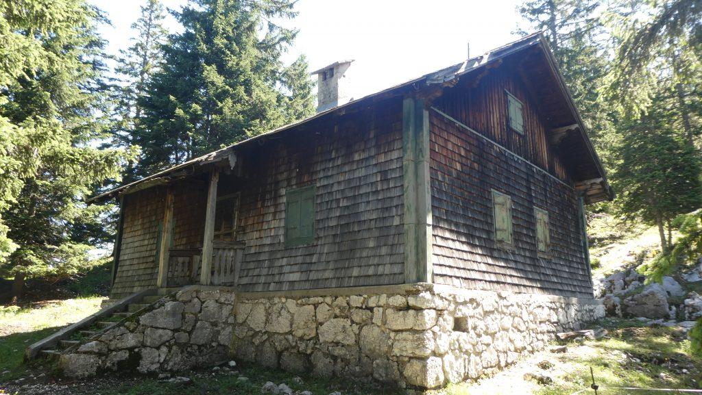 Die alte Jagdhütte auf der Schweigmühlalm. Foto: Karl Plohovich