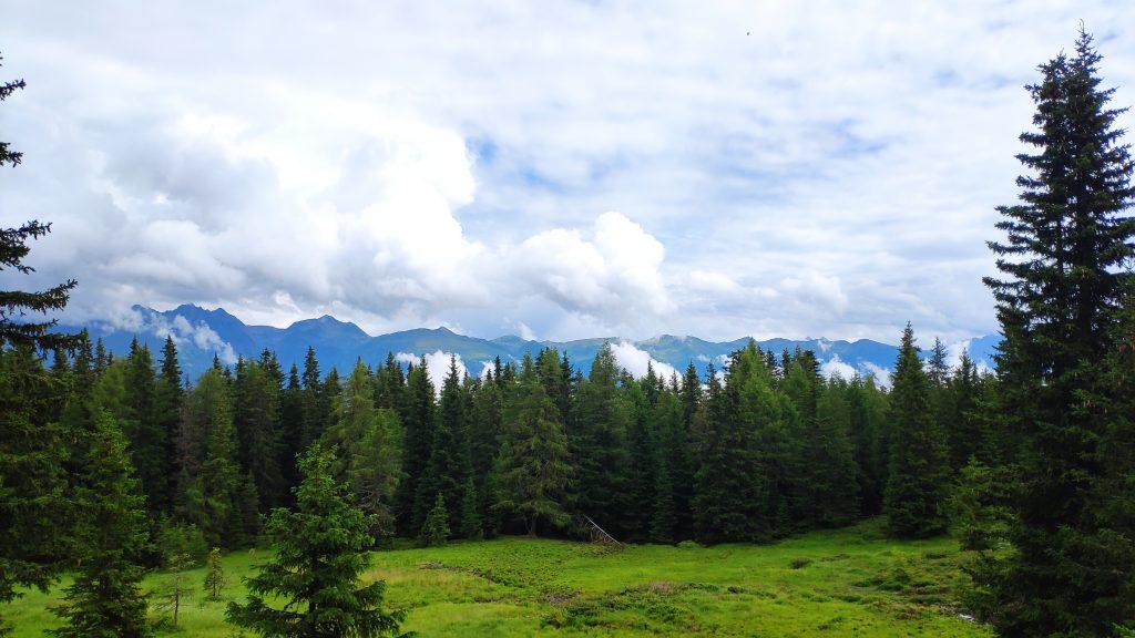 Wolkenpanorama am Weg zur Ronerhütte. Foto Birgit Matzinger
