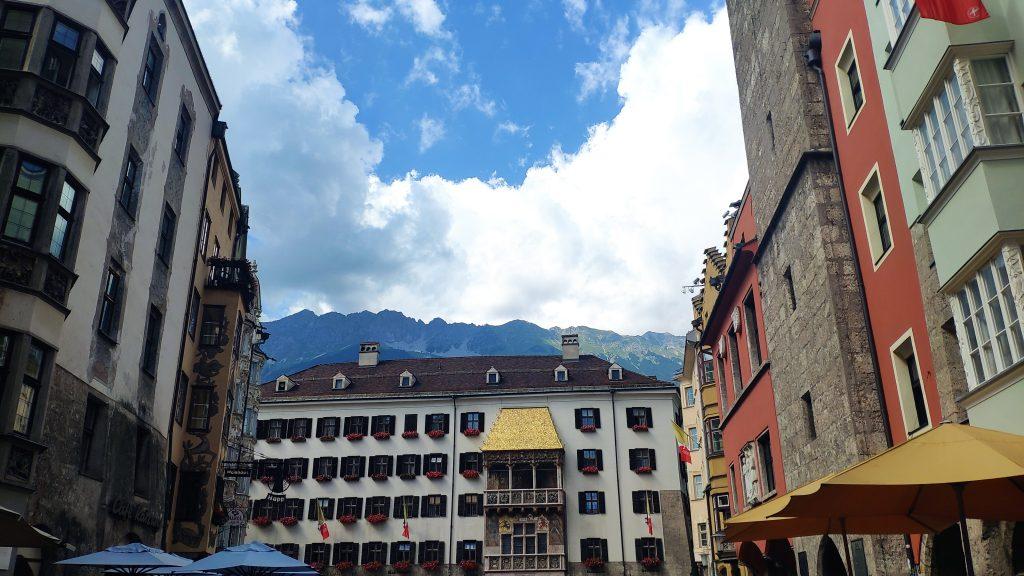 Zwischenstopp Goldenes Dachl. Foto Birgit Matzinger