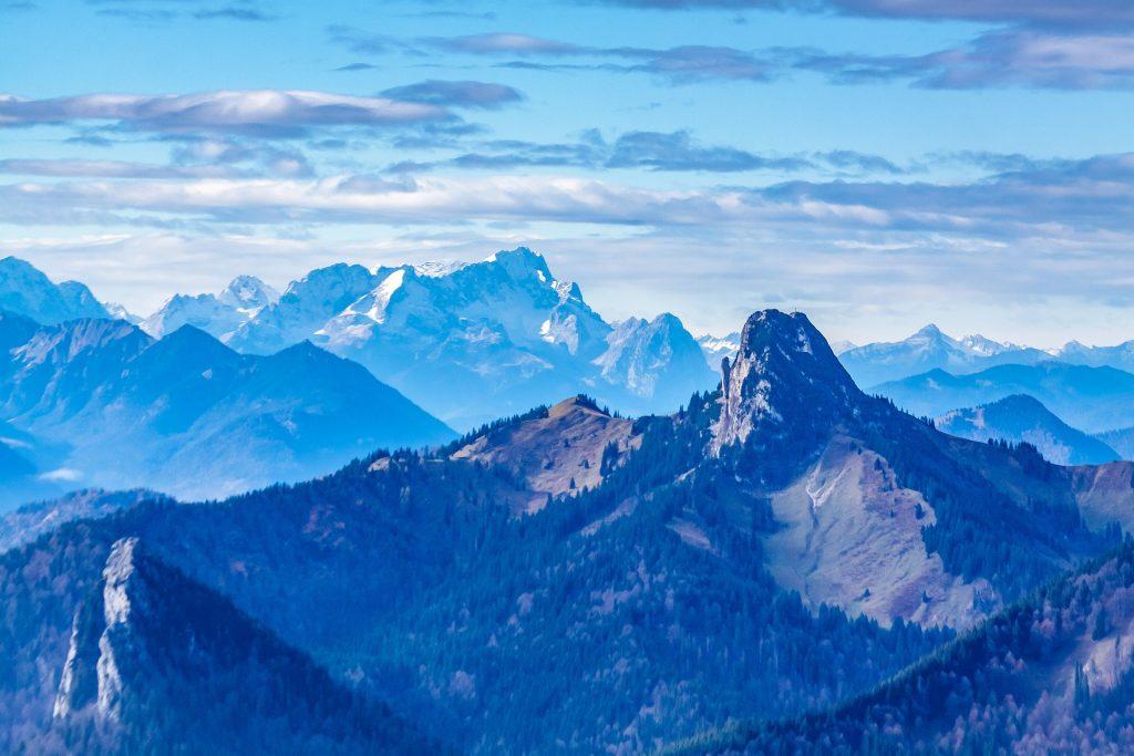 Roß- und Buchstein vor der Zugspitze. Quelle: Pixabay