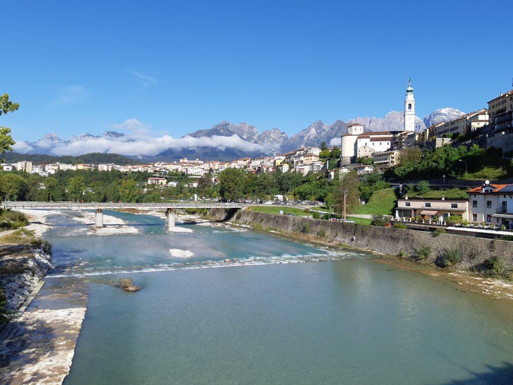 Der Piave fließt durch Belluno und begleitet noch ein Stück des Wegs. Foto: Konrad Gwiggner