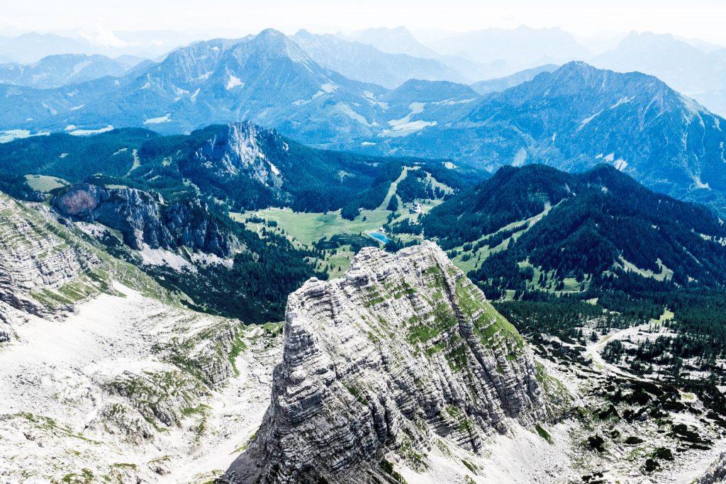 Blick zur Wurzer Alm vom Warscheneck. Foto: Birgit Reiter