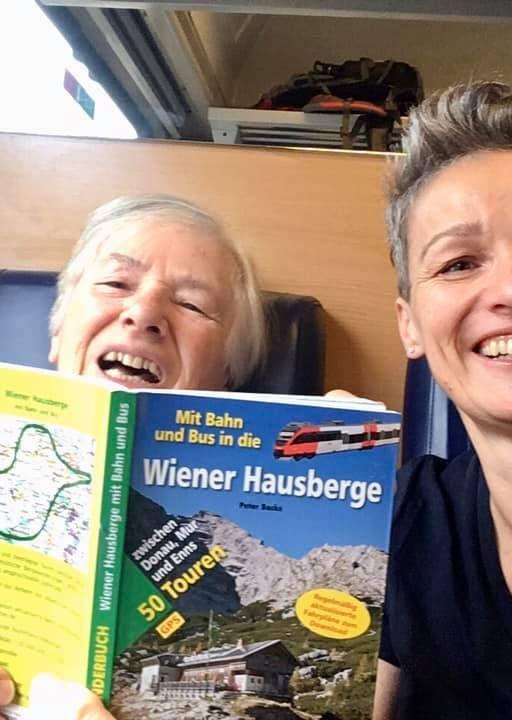 Peter Backés Buch ist die perfekte Begleitung. Fotos Veronika Schöll