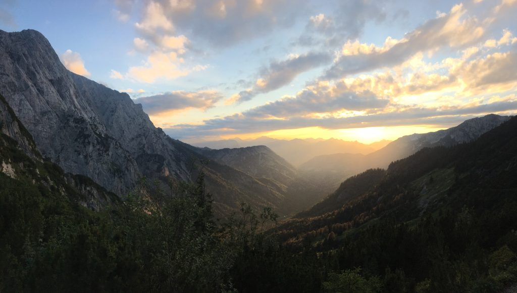 Sonnenuntergang im Kaisertal. Foto Veronika Schöll