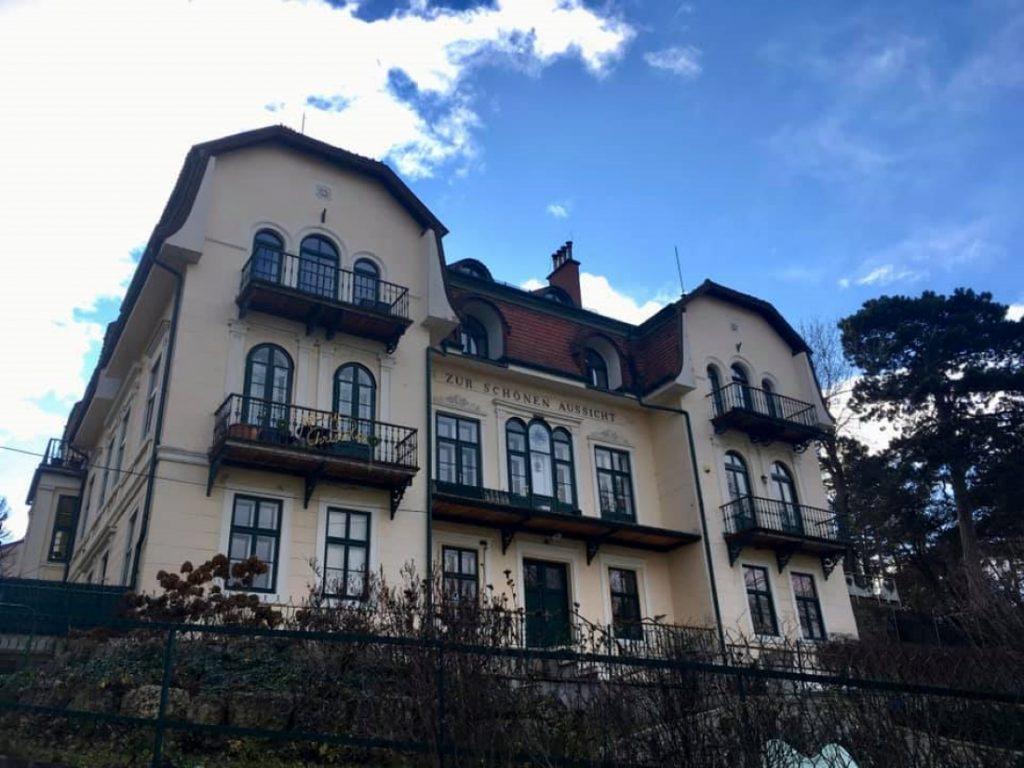 """Historische Villa """"Zur Schönen Aussicht"""". Foto Veronika Schöll"""