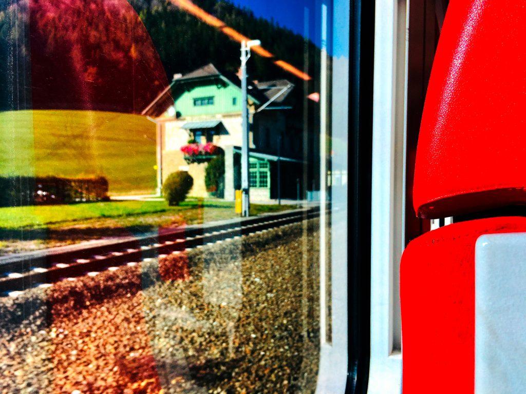 Anfahrt mit Zug (Foto: Stefan Hochhold)