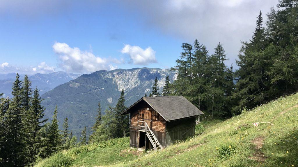 Karreralm und Schneealpe, hier beginnt der Altenbergsteig. Foto Veronika Schöll